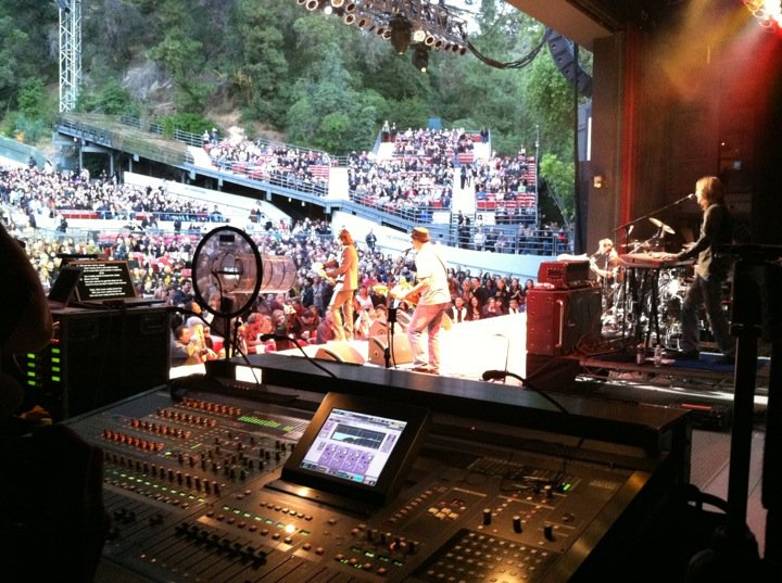 The Sound for Rick Springfield being controled with Tablet PC