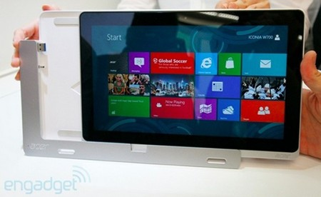 Acer Iconia W700  Tablet PC