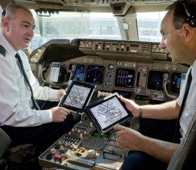 iPads replace flight bags