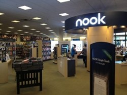 Barnes & Noble Nook Display