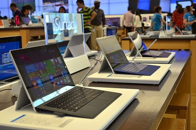 Surface Pro 3 instore display